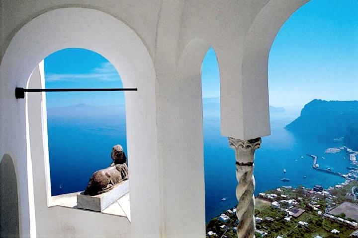 Villa San Michele soars high above the sea