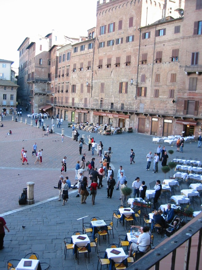 Capri, Cefalu, Orvietto, Florence, Genoa, Bolsena, Lecci, Napoli 1385