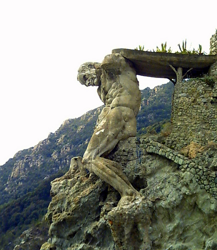 Il Gigante- The Giant of Monterosso