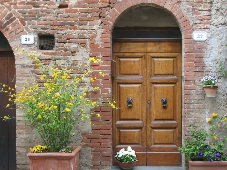 Back in the town of Orvieto, I found this doorway and fell in love with it.