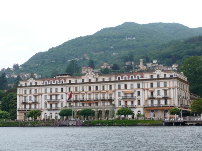 Villa d'Estee Front
