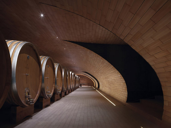 Cantina-Antinori-Winery-Italy-11