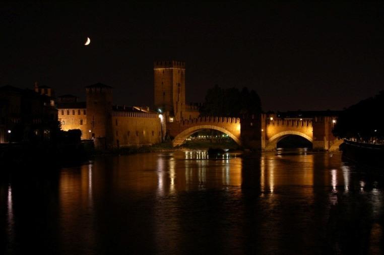 Castelvecchio_Verona-Castelvecchio_Bridge-Verona