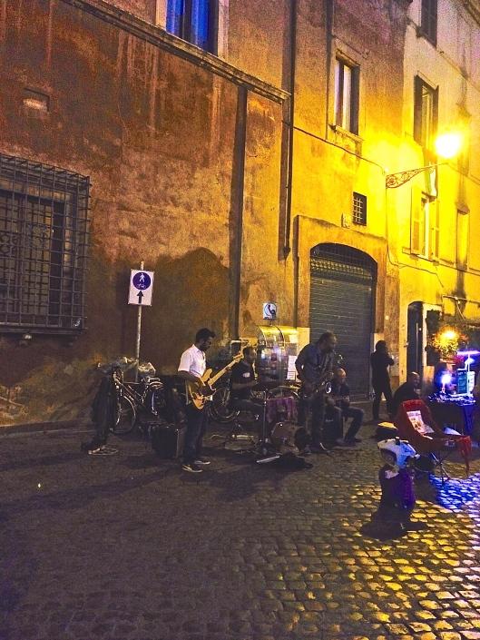 Street bands in Trastevere