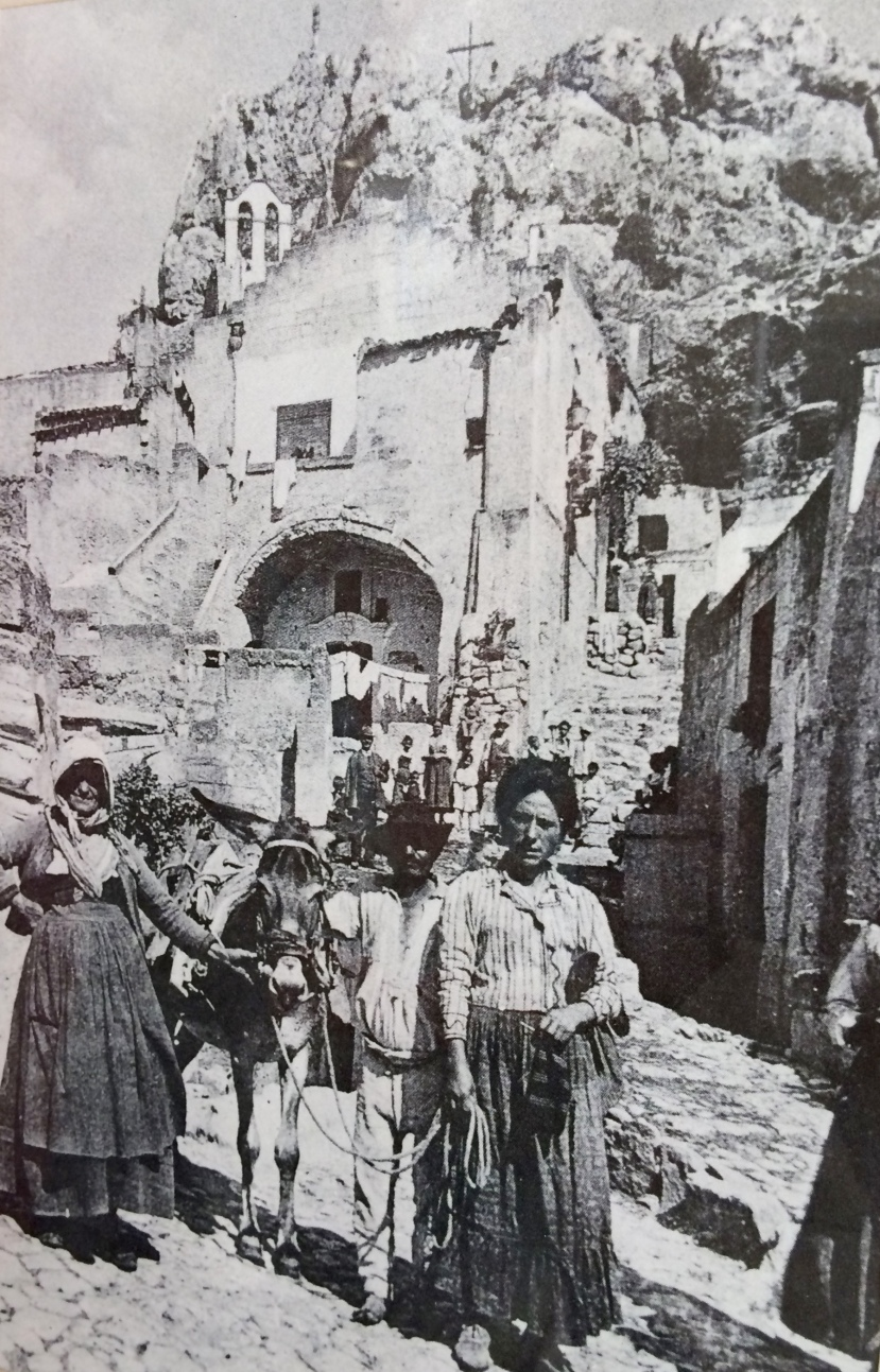 Matera~Life in a Cave Home