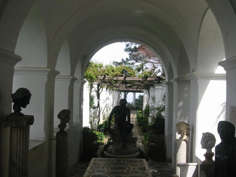 Capri, Cefalu, Orvietto, Florence, Genoa, Bolsena, Lecci, Napoli 087