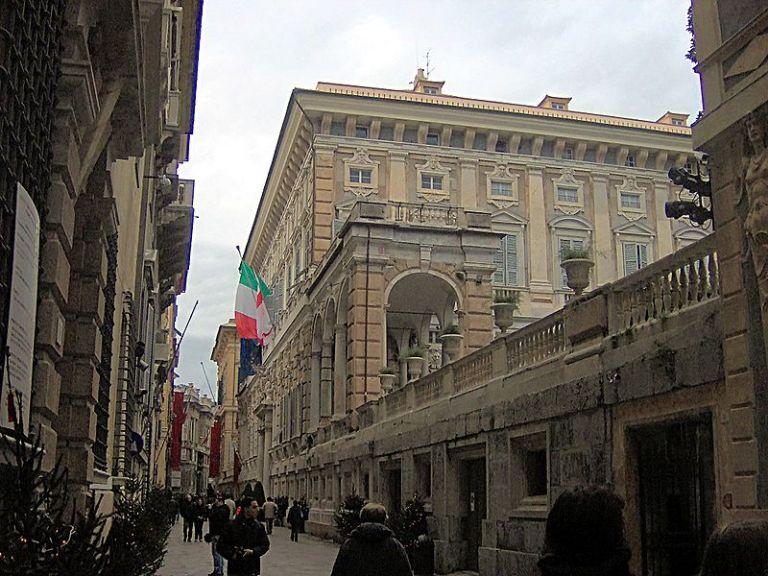 800px-Palazzo_Doria_Tursi_(Genova)_9